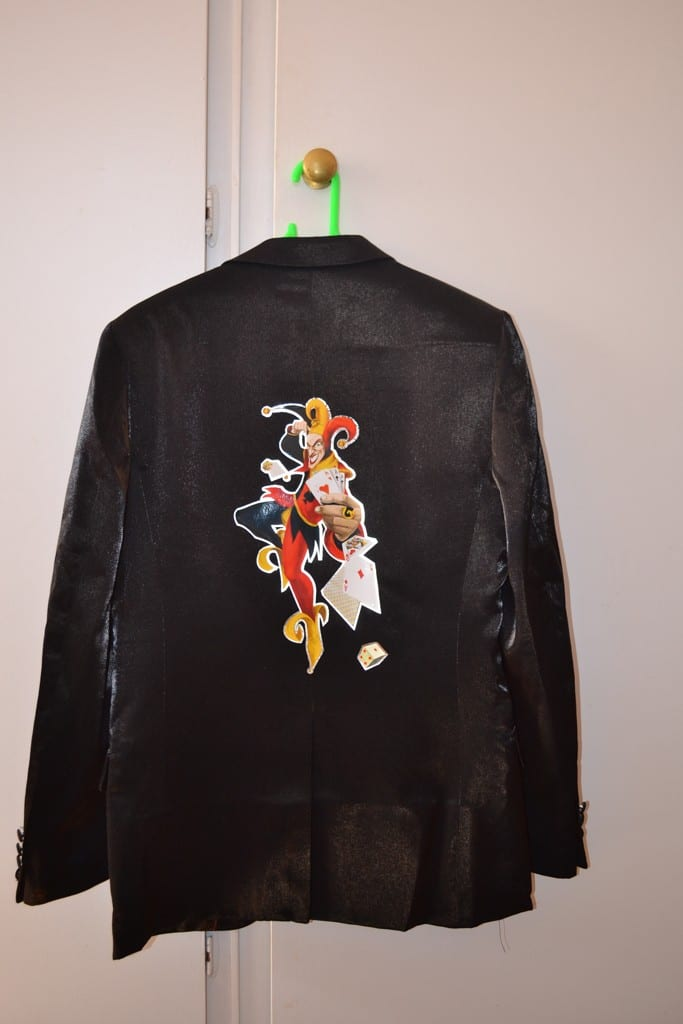 Heat-transfer-print-with-silver-edging-onto-suit-jacket-1